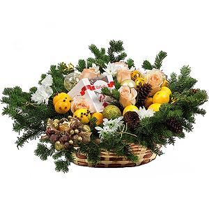 Корзина цветов Новогодний сюрприз